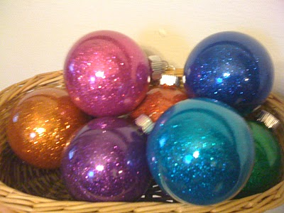 17 days until christmas glass ornament crafts for Crafts for clear glass ornament balls