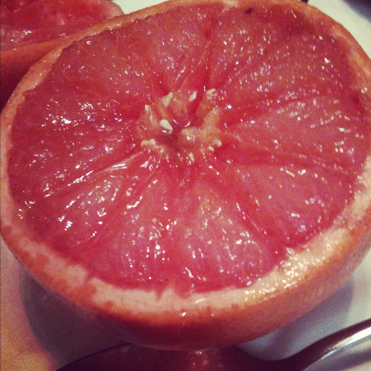 ... favorite snack: Quick and easy broiled grapefruit | thelifeoflulubelle